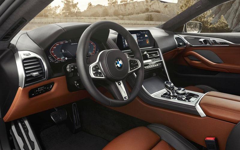 BMW 8シリーズクーペ M850i