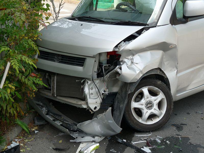 事故による車両破損(軽自動車)