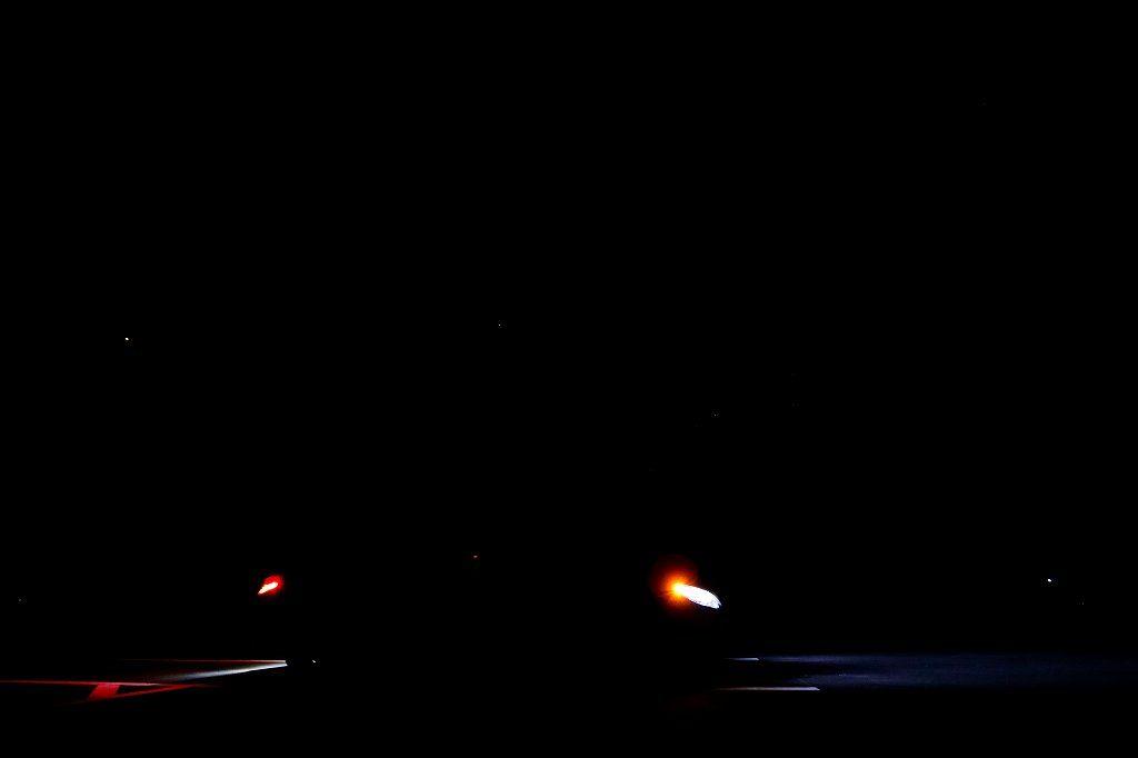 【画像3】ヘッドライトを綺麗に撮影