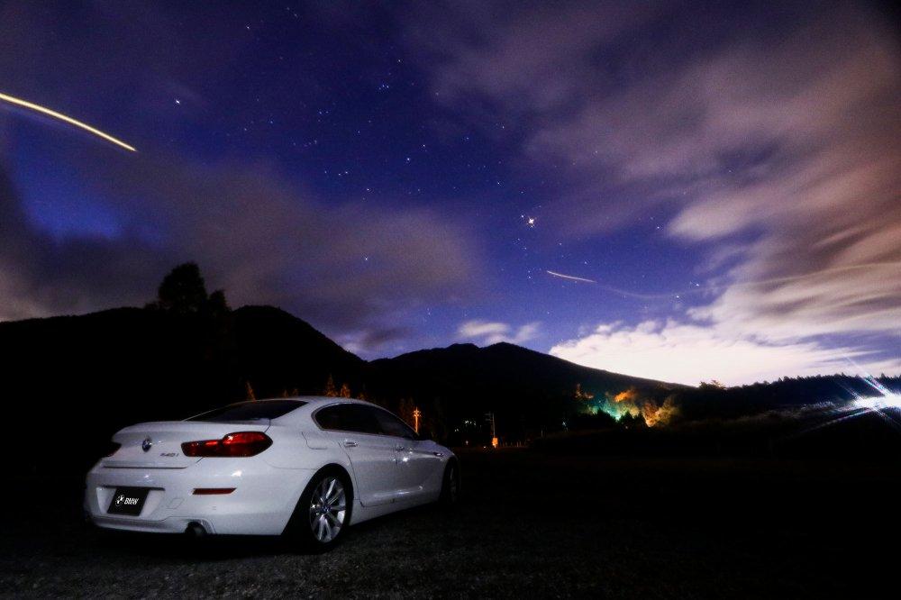 BMW 640i グランクーペと星空